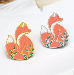 {5/$25} Adorable fox pin!